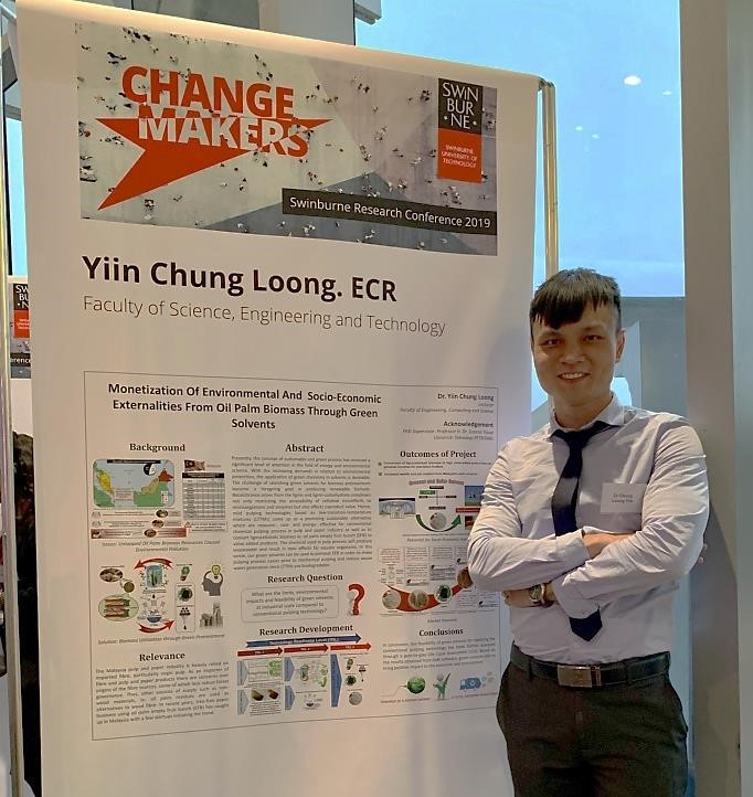 Dr Yiin showcasing his research work titled 'Change Makers'.