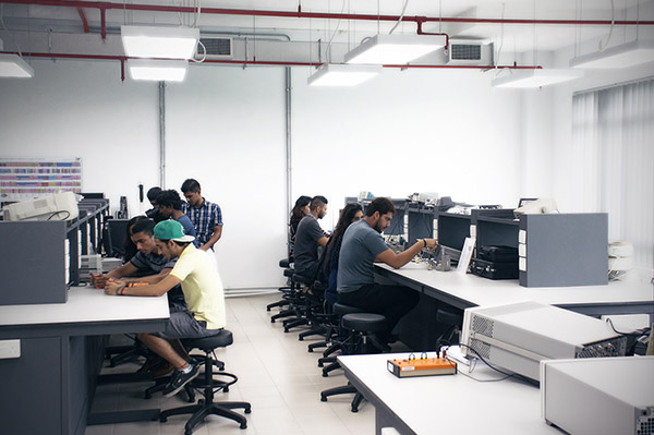 Electronics Lab 2 E505 Swinburne University Sarawak